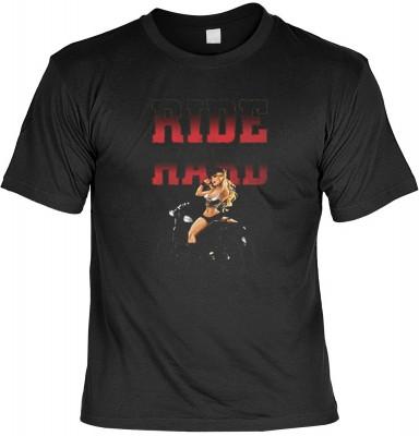 Top Qualität! HK_USA_01_14884HD2 mit dem Motiv: <br><b>Motorradfahrer T-Shirt Ride Hard Fb schwarz auch in 3xL 4xL 5xL</b>,fällt sofort ins Auge und sorgt für einen gelungenen Auftritt.<br><br>T-shirt namenhafter Hersteller in bester Qualität, wie <b>Sted
