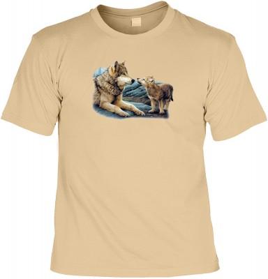 Top Qualität! HK_UCA_14_04720A6 mit dem Motiv: <br><b>Mythologie der Ureinwohner Nordamerikas T-Shirt Brother Wolf in sand</b>,fällt sofort ins Auge und sorgt für einen gelungenen Auftritt.<br><br>T-shirt namenhafter Hersteller in bester Qualität, wie <b>