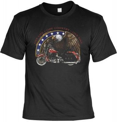 One life, one country, one bike mit der Artikel-Nr.: HK_Mot_01_6192-P16<b>Biker - Motiv T-Shirt</b><br><br><br><b><u>Angaben zum Produkt vom Hersteller:</u><br><br><b><i>Das Material ist 100% Baumwolle</b><b>Die Tshirts haben ein Schulter zu Schulter Nack