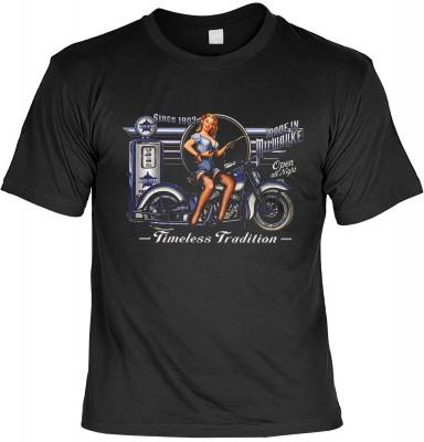 Timeless tradition bike mit der Artikel-Nr.: HK_Mot_01_14018-P14<b>Biker - Motiv T-Shirt</b><br><br><br><b><u>Angaben zum Produkt vom Hersteller:</u><br><br><b><i>Das Material ist 100% Baumwolle</b><b>Die Tshirts haben ein Schulter zu Schulter Nackenband